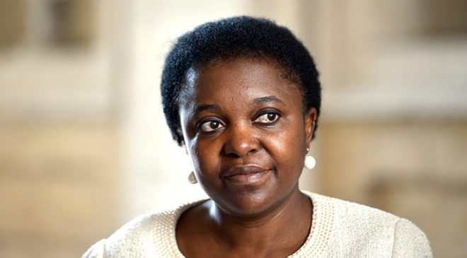 Cécile Kyenge in visita all'Hotel House